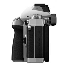Цифровая системная фотокамера Olympus E-M1 Body silver